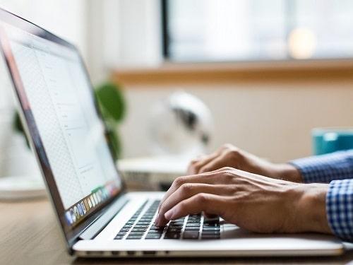Tech Tip – A Quick Look At Your Desktop